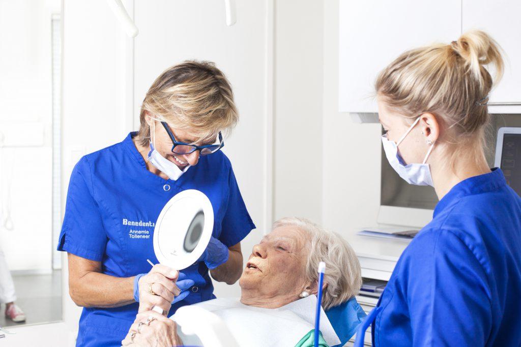Tandkroon plaatsen bij tandarts groepspraktijk Benedenti